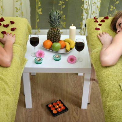 Pakiet masaży dla dwojga. Salon w mieście Wrocław oferuje takie usługi.